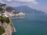 amalfi-overlooking-terrace