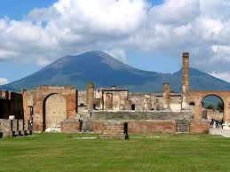 Pompeii ruins daily excursion